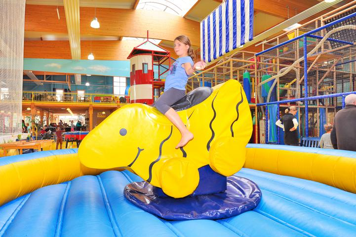 Klabautermann Indoor-Spielpark Attraktionen Rodeo-Ente